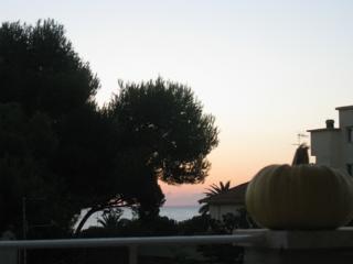 Romantic 1 bedroom Tortoreto Lido Townhouse with Television - Tortoreto Lido vacation rentals
