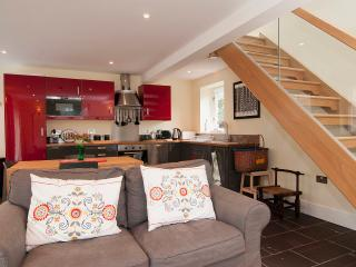 1 bedroom Cottage with Internet Access in Menai Bridge - Menai Bridge vacation rentals