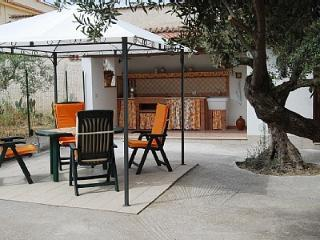 VILLETTA  SARA  N°1 - Balestrate vacation rentals