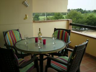 Lovely Condo with Tennis Court and Satellite Or Cable TV - Alicante vacation rentals