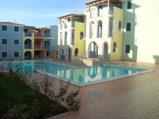 Nice Condo with A/C and Satellite Or Cable TV - Valledoria vacation rentals