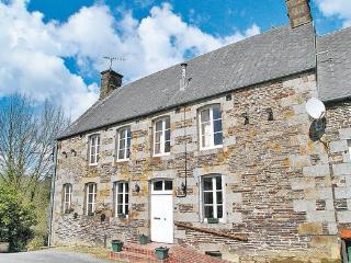 5 bedroom Villa with Internet Access in Brouains - Brouains vacation rentals
