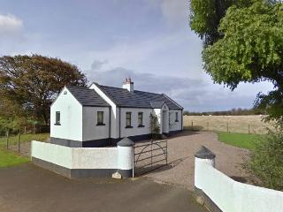 Comfortable 2 bedroom Cottage in Bushmills - Bushmills vacation rentals