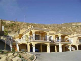Comfortable 3 bedroom Campello Bungalow with Internet Access - Campello vacation rentals