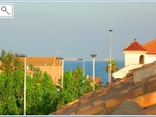 Sunny 2 bedroom Condo in Los Alcazares with Internet Access - Los Alcazares vacation rentals
