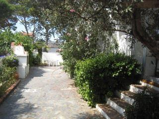Nice Villa with A/C and Long Term Rentals Allowed - L'Escala vacation rentals