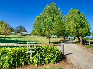 Perfect 2 bedroom B&B in New South Wales with Stereo - New South Wales vacation rentals