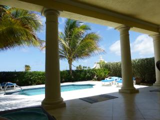 Beautiful 3 bedroom Vacation Rental in Bottom Bay - Bottom Bay vacation rentals