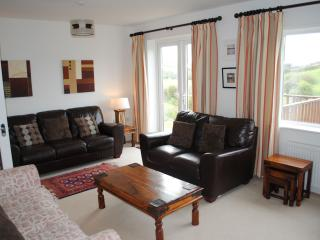 Bright 4 bedroom Padstow House with Deck - Padstow vacation rentals
