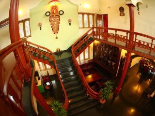 Nice 10 bedroom Villa in Kochi - Kochi vacation rentals