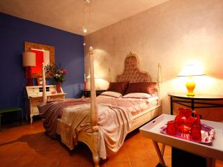 "Suite with Balcony - ""Pearl"" - Rome vacation rentals"