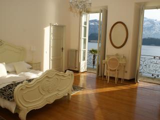 Bright 5 bedroom Villa in Cadenabbia di Griante - Cadenabbia di Griante vacation rentals