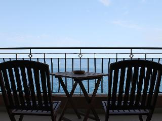 Modern 3 Bedroom A/C Seafront Apt FREE Wifi L6 - Sliema vacation rentals