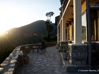Tranquility In The Himalayas - - Shimla vacation rentals