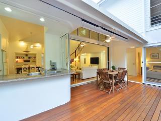 Sunny Villa with Deck and Internet Access - Port Douglas vacation rentals