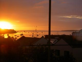 Charming 3 bedroom House in Instow with Deck - Instow vacation rentals