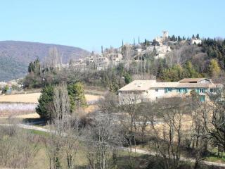 Nice Gite with Internet Access and Television - Mirmande vacation rentals