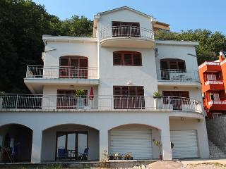 Spacious Villa with Internet Access and A/C - Seoca vacation rentals