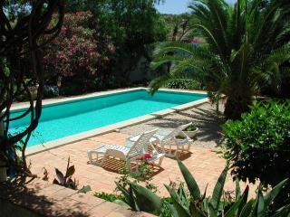 Spacious 4 bedroom Lagos Villa with Internet Access - Lagos vacation rentals