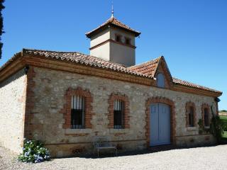 Le Farat - La Maison du Soleil - Bardigues vacation rentals