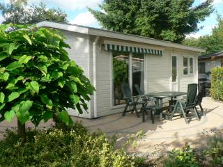Nice Chalet with Internet Access and Central Heating - Kootwijk vacation rentals