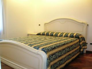 Cozy apartment for 4 in Ghetto - City of Venice vacation rentals
