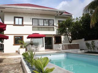 CARASUCHI VILLA 2 - Tagaytay vacation rentals