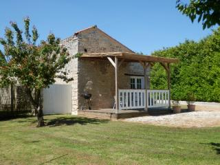 Nice Gite with Internet Access and Television - Angles vacation rentals