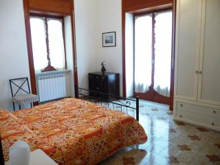 2 bedroom Apartment with Television in Amalfi - Amalfi vacation rentals
