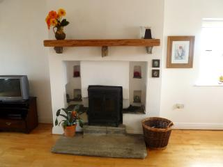 Charming 3 bedroom Liscannor House with Internet Access - Liscannor vacation rentals