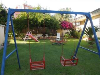 Bright 2 bedroom Girasole House with Internet Access - Girasole vacation rentals