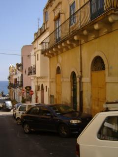 Casa Risorgimento (80 mt.dal mare) - Lipari vacation rentals