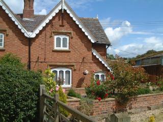 Bluebell Holiday Cottage Stratford on Avon. - Stratford-upon-Avon vacation rentals