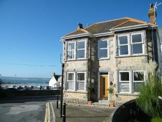 Cozy 3 bedroom Marazion House with Internet Access - Marazion vacation rentals