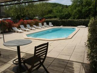 Charming Villa with Internet Access and Central Heating - Saignon vacation rentals
