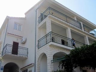 Apartment Tihana 3 - Slatine vacation rentals