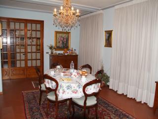 """B&B """"La Fattoria 1700"""" - San Martino in Freddana vacation rentals"""
