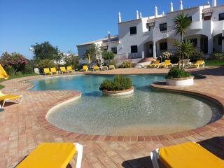 B3e Jacaranda 5*Alto Golf, Alvor - Alvor vacation rentals