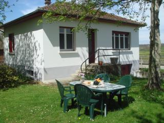 Perfect Gite with Internet Access and Microwave - Pouy vacation rentals