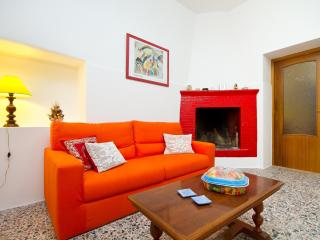 Little house in the historic centre - Sant Antioco vacation rentals