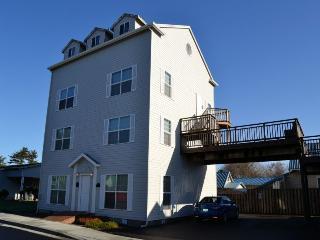 Gateway Inn - Seaside vacation rentals