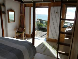 2 bedroom Cottage with Internet Access in Hill Head - Hill Head vacation rentals