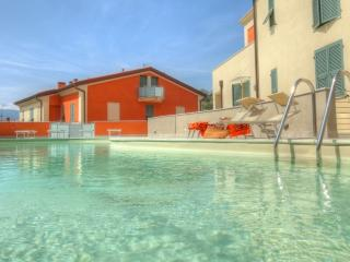 Mimosa modern apartment with pool - La Spezia vacation rentals