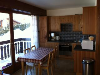 Beautiful 1 bedroom Condo in Megève with Satellite Or Cable TV - Megève vacation rentals