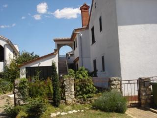 Apartment 2 in Funtana - Funtana vacation rentals