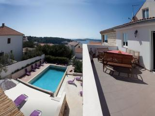 Penthouse for 4-5 in villa Marijeta Hvar with pool - Hvar vacation rentals