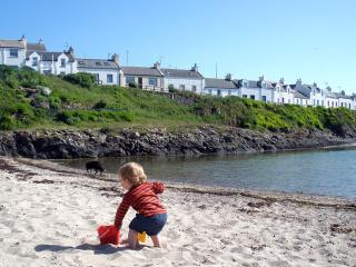 Comfortable House with Internet Access and Satellite Or Cable TV - Portnahaven vacation rentals