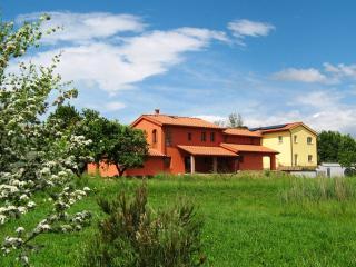 INCANTO TOSCANO - FARFALLE - Larciano vacation rentals