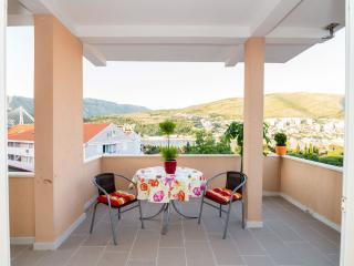 Apartment with sea view - Dubrovnik vacation rentals