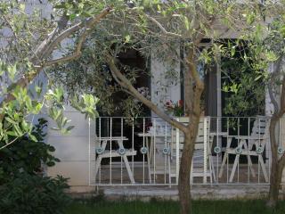 Villa Marela - Apartment Mali - Supetar vacation rentals